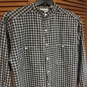 Men's B&W stand collar plaid, long sleeve shirt, M